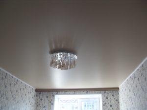 Сатиновый цвет натяжного потолка для спальни