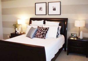 Дизайн спальни 9 кв м, оформляем стены
