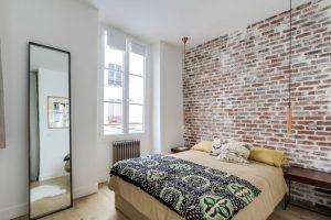 Стильная маленькая спальня 9 кв