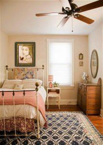 Деревеснкие мотивы в оформлении спальни