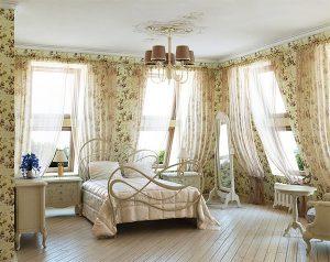 Выбор кровати для спальни в стиле прованс