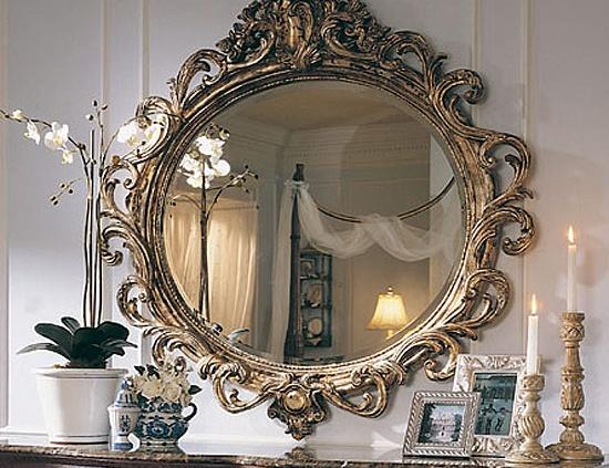 Флористические мотивы в оформлении зеркал