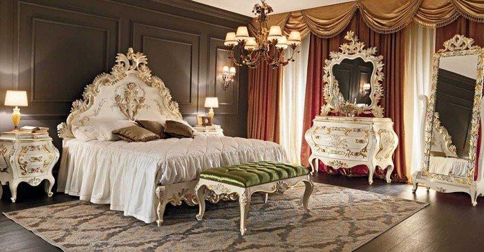 Спальня с туалетным столиком и зеркалом