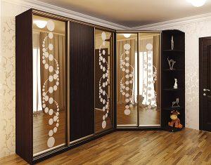 Шкаф для спальни с зеркалами