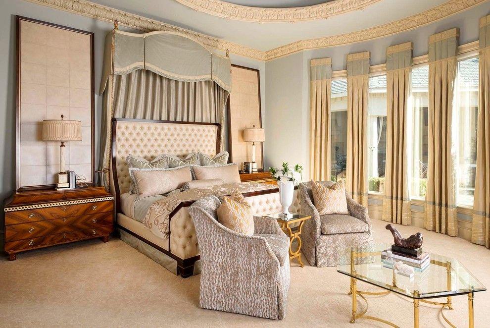 Классический интерьер с мебельным гарнитуром