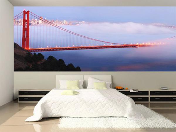 Мост в интерьере спальни