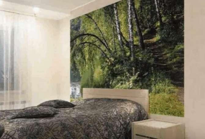 Стена с лесным сюжетом