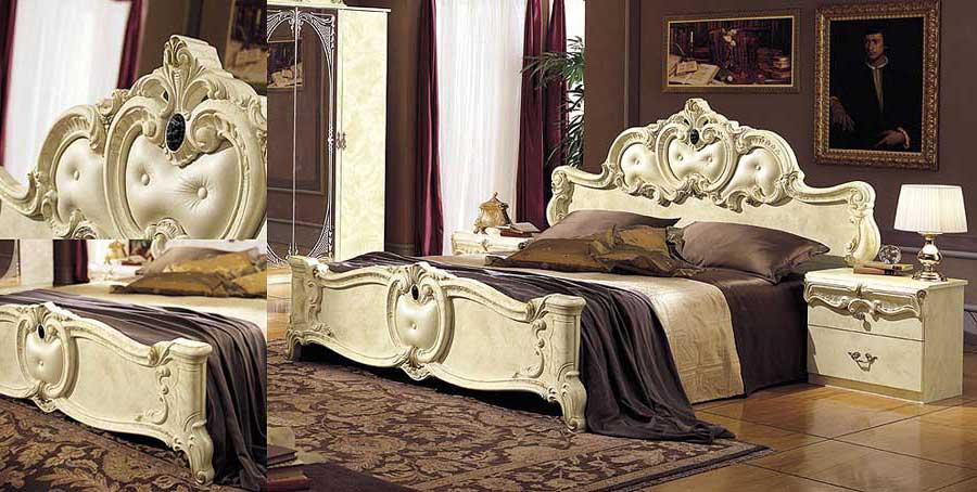 Кровать с элементами резьбы