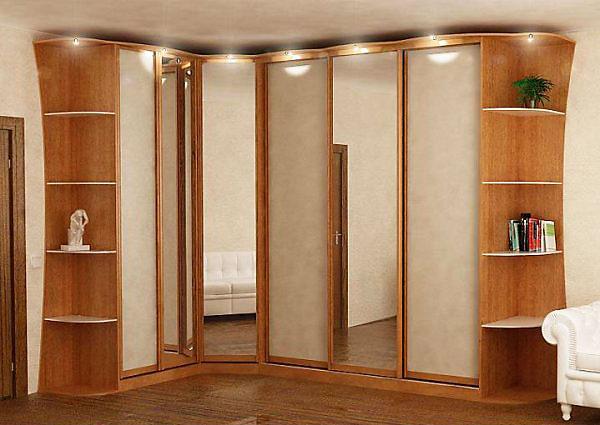 Функциональный шкаф для спальни