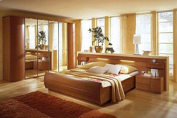 Шкаф с зеркалами для спальни