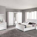 Белая спальня в современном дизайне