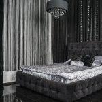 Черная спальня с элементами серых цветов