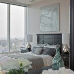 Декор спальни с применением серых тонов