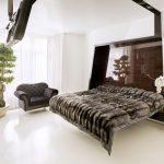 Где можно использовать шкуры животных в спальне