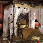 Характерные черты для офорлмения спальной комнаты в стиле барокко