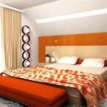 Интерьер оранжевой спальни в доме