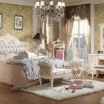 Как правильно организовать стиль ренессанс в спальне