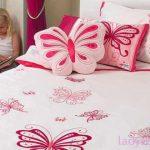 Милые аксессуары для нежности и легкости спальни