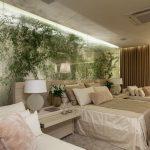 Необычное использование цветов в спальне