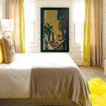Обустройство спальни в желтых тонах