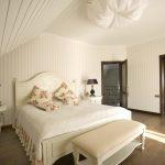 Оформляем белую спальню