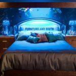 Оригинальный аквариум для обустройства спальни