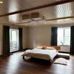 Паркетный пол в спальне