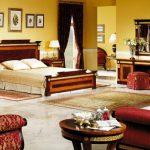 Практичный и красивый интьерьер спальни в стиле ампир