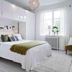 Просторная спальня, созданная в скандинавском стиле