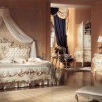 Роскошь стиля ампир в спальне