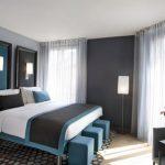 Серый светлый тон для спальни