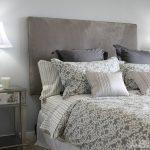 Серый цвет в создании интерьера спальни