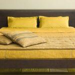 Спальня, созданная в желтых тонах