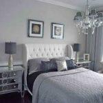 Спальня выполненная в сером цвете