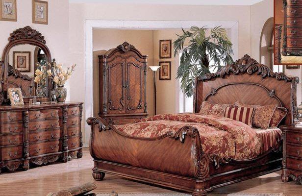 Стиль ампир для просторной спальни в доме