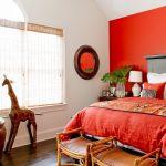 Стильная красная спальня