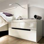 Стильная тумба для соверменного интерьера спальни