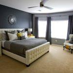 Стильный интерьер спальни с использование серого цвета
