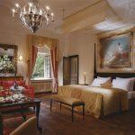 Строгий и роскошный стиль ренессанс для оформления дизайна спальни