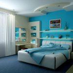 Светлые оттенки синего для оформления спальни