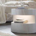 Тумба с подвсветкой для современной спальни