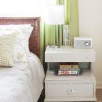 Какие выбрать тумбочки в спальную комнату