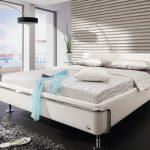 Урбанистичный хай-тек для оформления спальни