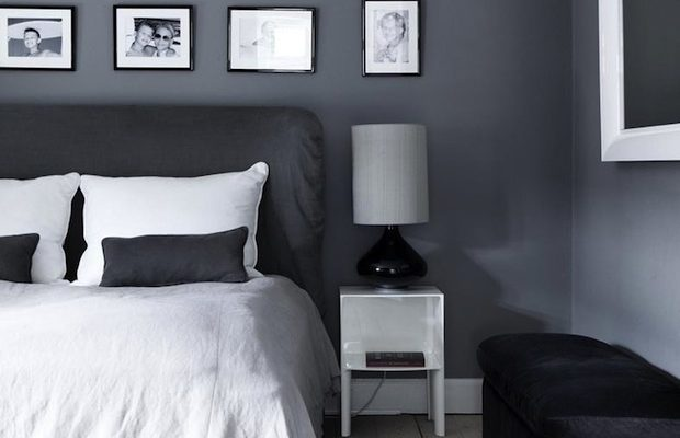 Уютная серая спальня