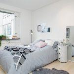 Уютный скандинавский стиль для комфорта проживания в спальне