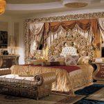 Воплощение стиля барокко в спальне