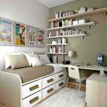 Выбираем полку для размещения книг в спальне