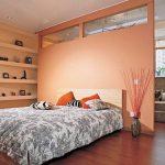 Зонирование спальни с помощью гипсокартонной перегородки