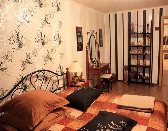 Проект интерьера спальни обои двух видов
