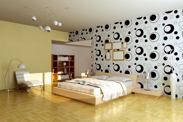 Обои с круглым рисунком в интерьере спальни с обоями двух видов